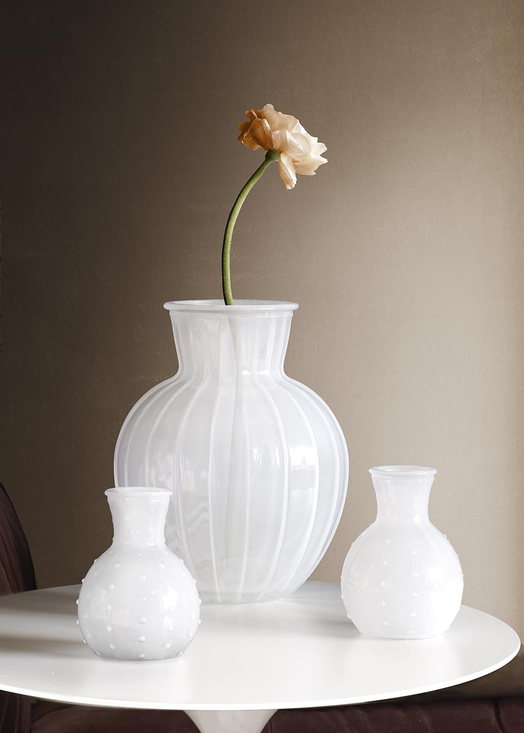 Vas White Lily mini